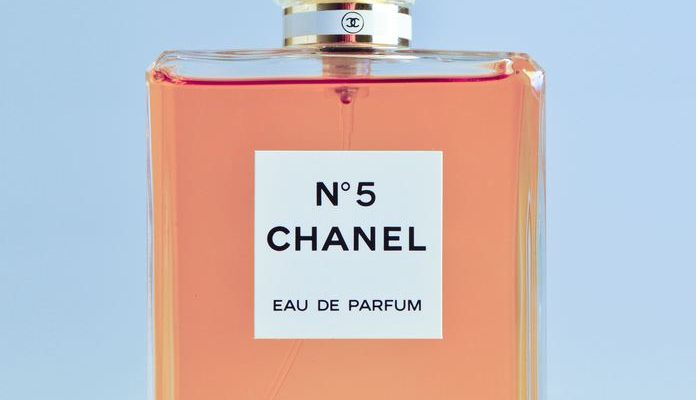Bestil parfume til sommeren online
